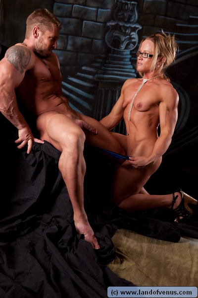Body builder women hardcore sex