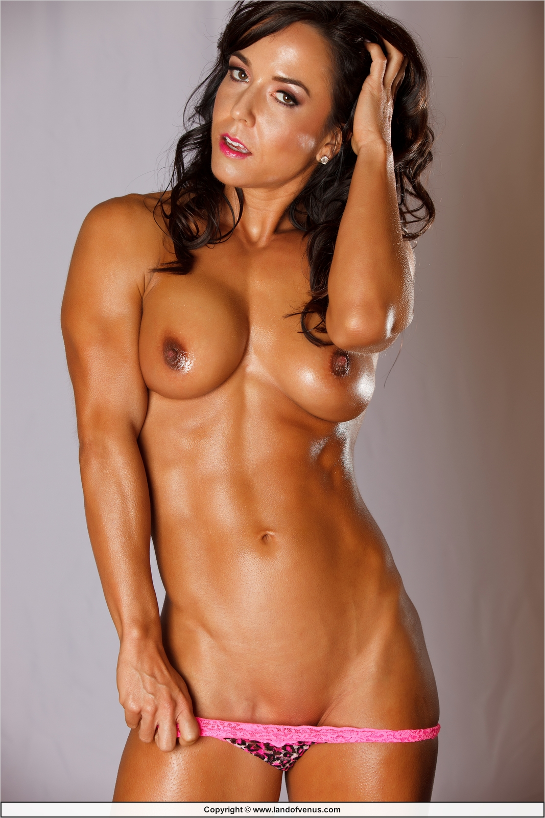 finger naked bodybuilder woman