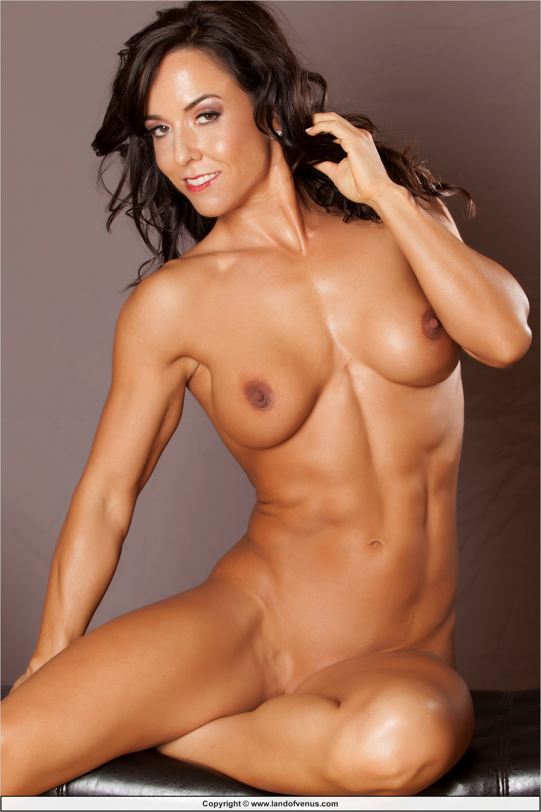 Women muscle nude pussy photo pity
