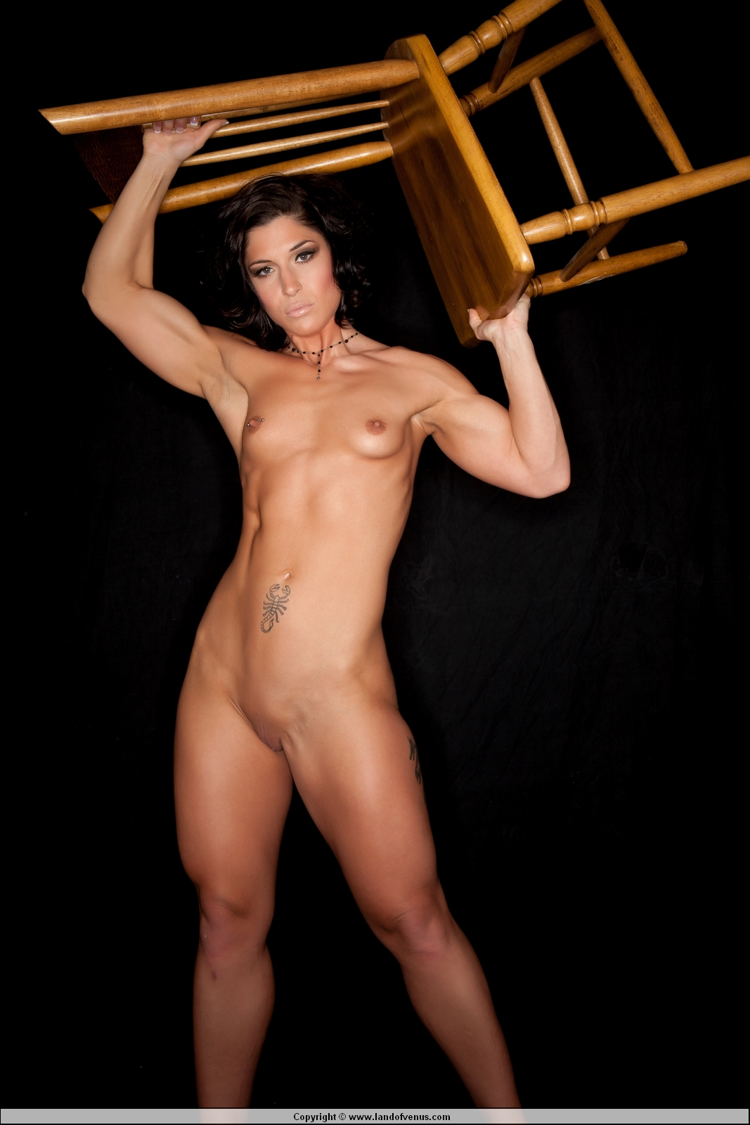 Regret, Nude female sport star