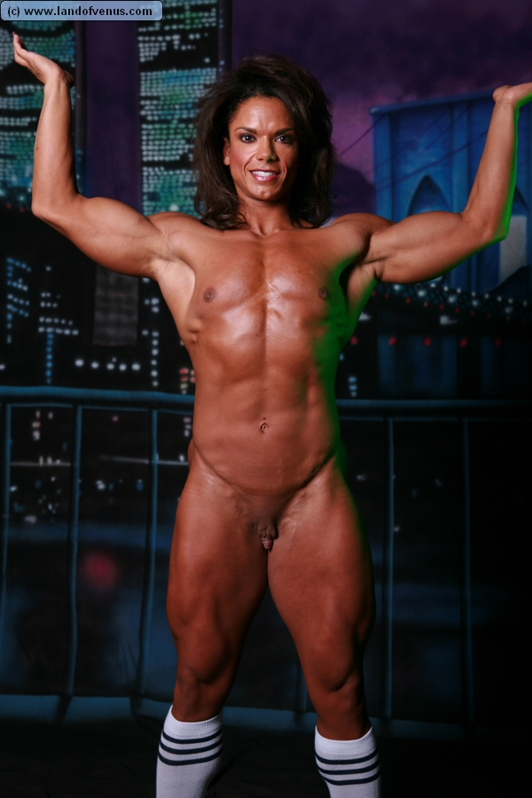 Naked muscle woman sex